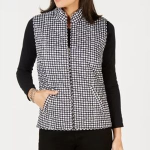 NWT Houndstooth Puffer M Vest Created for Macy's